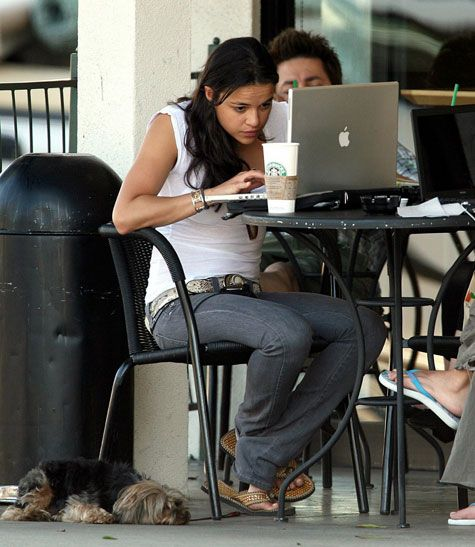 Michelle Rodriguez Mac laptop computer at Starbucks coffee