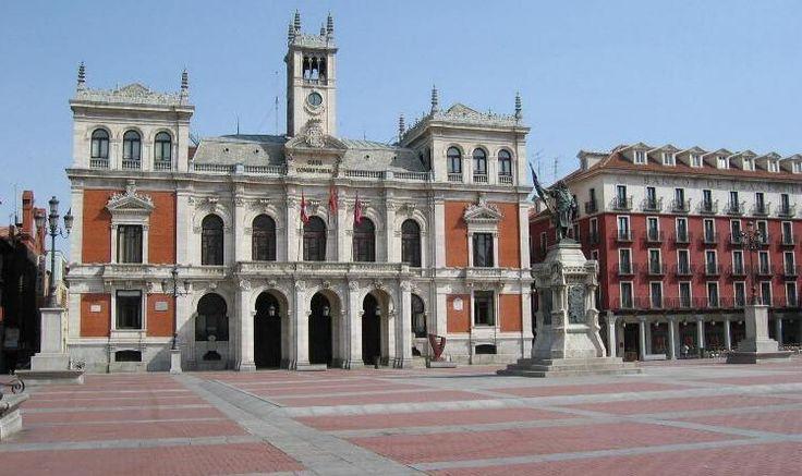 Plaza Mayor, Ayuntamiento
