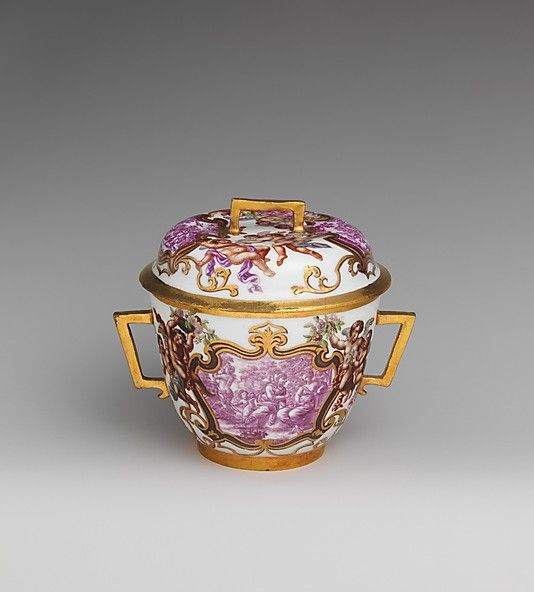 Two-handled cup with cover  Meissen Manufactory  (German, 1710–present)  Date: 1725–30
