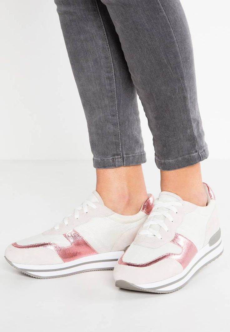 Sneakers basse - grey/cerise/marble. Chiusura:Lacci. Altezza del tacco:3 cm nella taglia 37. Punta:Tonda. Rivestimento:Tessuto. Suola:Materiale sintetico. Materiale parte superiore:Pelle e Tessuto. Tipo di tacco:zeppa. Materiale:rete....