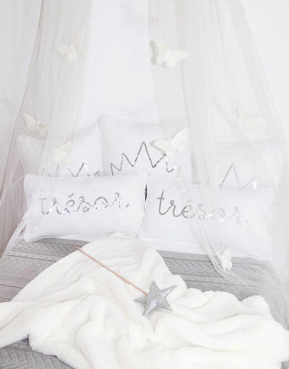 25 best ideas about ciel de lit fille on pinterest diy ciel de lit b b ciel de lit b b and. Black Bedroom Furniture Sets. Home Design Ideas