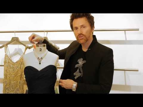 Proper Jewelry With an Evening Dress : Formal Wear for Women - YouTube