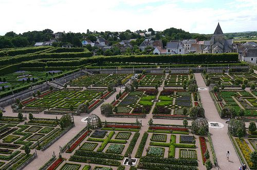 Villandry Castle - Admire and stroll in the outstanding six gardens of this must-see castle.