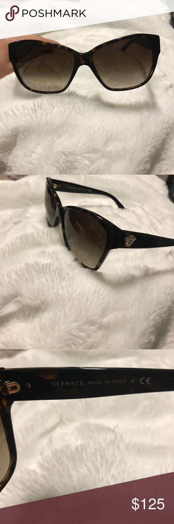 🚨SALE🚨uthentic Versace sunglasses Like new! Worn a handful of times. Versace Accessories Sunglasses