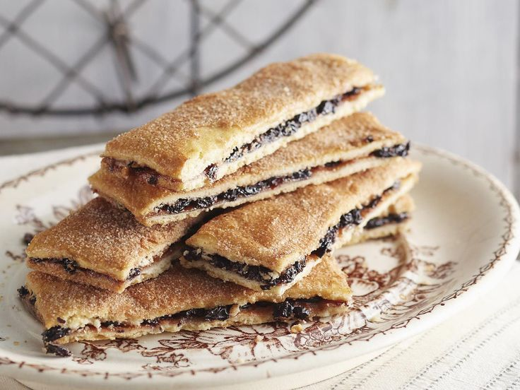 Garibaldi biscuits, flour recipe, brought to you by Australian Women's Weekly