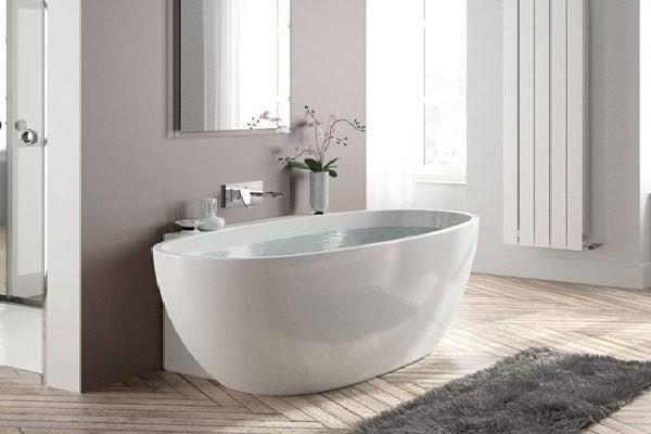 Best 20 deco salle de bain ideas on pinterest for Petites baignoires sabot