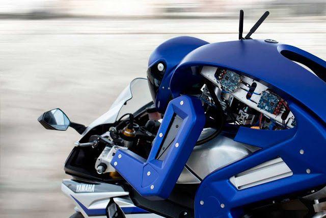 Yamaha Memperkenalkan Motobot Untuk 'The Doctor' dan Dunia