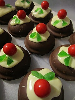 Mini Christmas Puddings! Fun Kiwi Christmas Dessert/Supper/Morning tea idea.  Mallowpuff, melted white chocolate, Jaffas and a few green gummy lollies