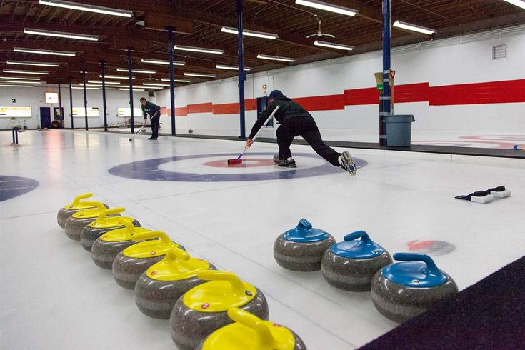 Try something new and come to an evening of curling at Fernie Curling Rink. Drop in nights on Thursday
