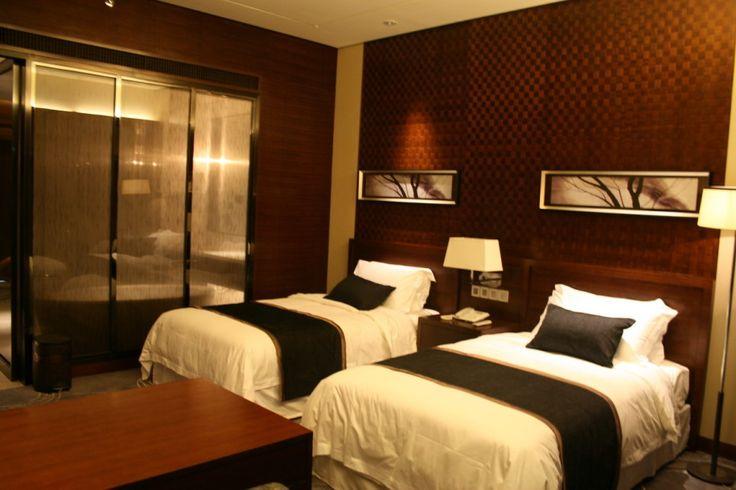 Beautiful hotel room furniture unique with the elegant for Hotel decor original