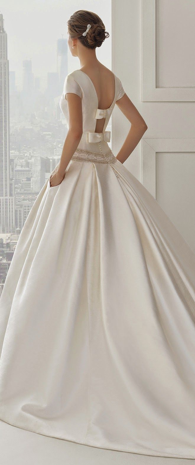 Rosa Clara 2015 Bridal Collection | bellethemagazine.com