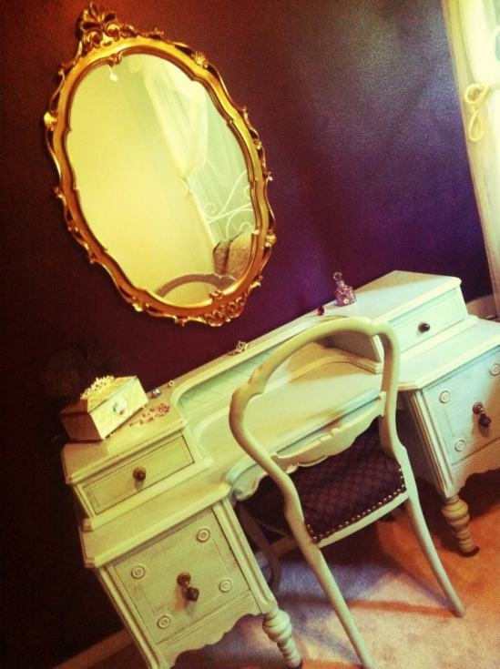 Love this vanity and chair we paired for my daughters room.: Makeup Vanities, Adorable Vanities, Daughters Rooms, Chairs, My Daughters, Make Up Vanities