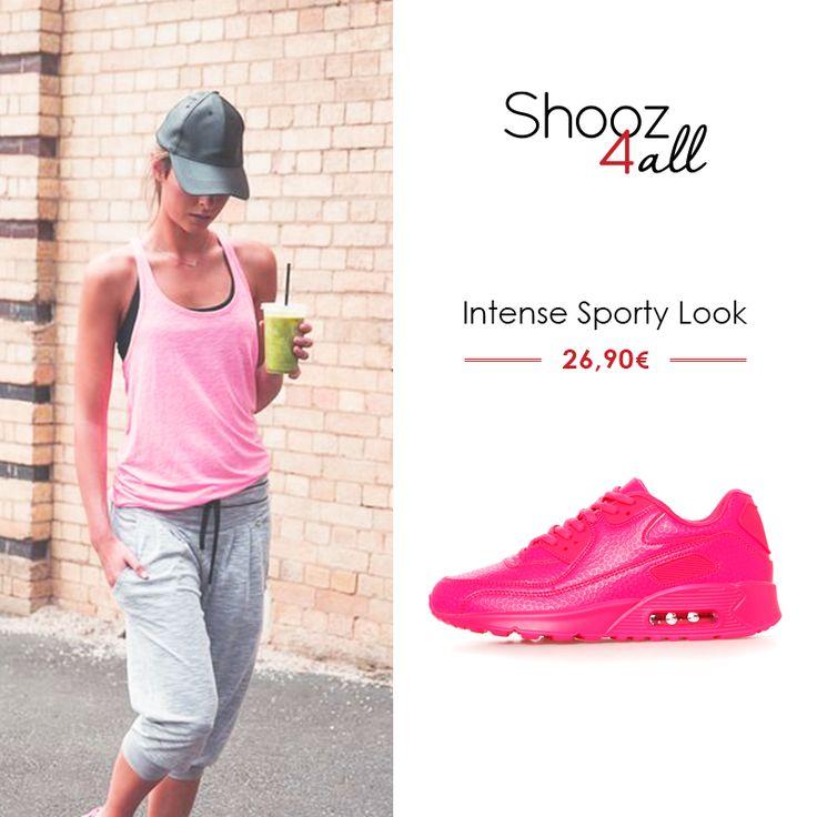 Σε κοριτσίστικο φούξια χρώμα, γυναικεία αθλητικά παπούτσια που θα κλέψουν τις εντυπώσεις. Δημιουργήστε μοναδικά sport σύνολα για το γυμναστήριο και τη βόλτα σας! http://www.shooz4all.com/el/gynaikeia-papoutsia/gynaikeia-athlitika-papoutsia/gynaikeia-athlitika-papoytsia-fuksia-fxz22-detail #shooz4all #gynaikeia #athlitika