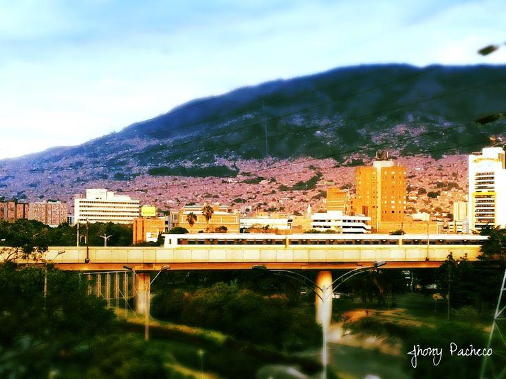 https://flic.kr/p/CtCiaR   Metro Medellin   Plaza La Macarena #Macarena #Metro