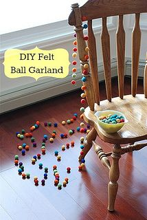 felt ball garland - DIY tutorial that's simple enough for even the non-crafty among us