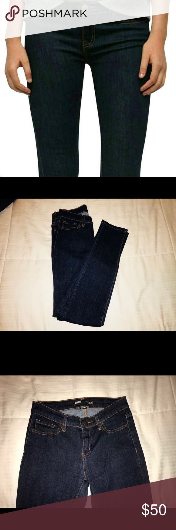NWOT BDG Cigarette Mid-rise Jeans BDG Cigarette Mid-rise Jeans in excellent condition, new without tags never been worn. Women's size 28x30. Comment with questions! Will ship out same day of purchase. BDG Jeans Skinny