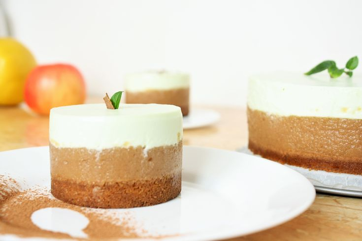 Prajitura cu Mousse de Mere si Ricotta / No-Bake Apple Mousse and Ricotta Cake