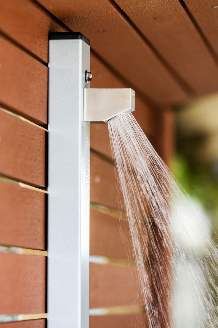 68 best i want an outdoor shower images on pinterest - Which uses more water bath or shower ...