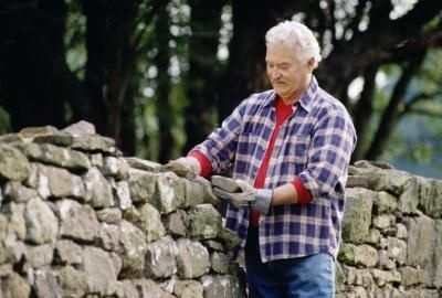 How to Dry-Stack a Retaining Wall With Local Stone