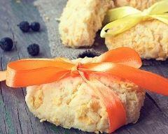 Cookies cadeaux à la farine de maïs et mangue séchée