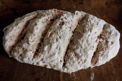 Soda brood, een makkelijk en snel zelf te bakken brood | Lekker Tafelen