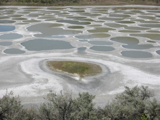 Osoyoos-The healing spotted lake of Canada