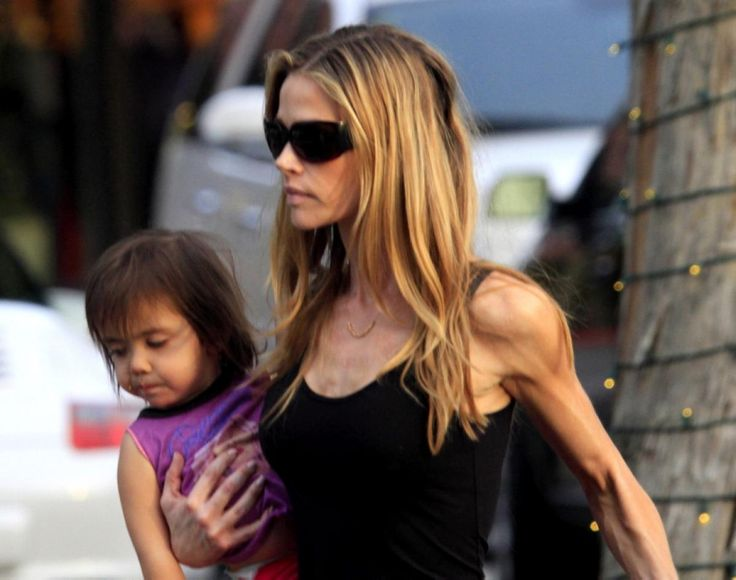 Denise Richards looks scary skinny as she spends some quality family time with her daughters at the Beverly Glen Center in Bel-Air on Feb. 1...