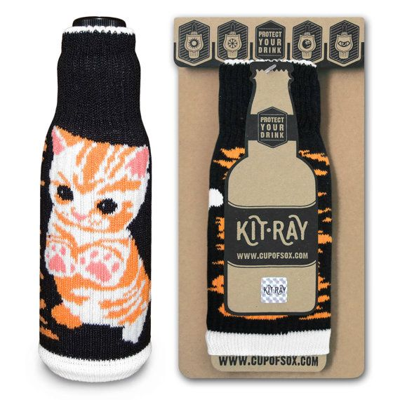 Bottle Cover / Christmas Gifts / Beer Cooler / Soft Kitty Cozy / Can Cooler / Funny Bottle Labels / KIT-RAY Little Ball of Fur - Purr Purr - Kit-Ray for beer and wine - #cupofsox #kitray #cozy #Bawdle #BeerHugger #BottleJacket #ColdyHoldy #DrinksHeath #EasyGifts #BottleCover #cat #kitty #SweetCat #GrumpyCat #CuteCat #SweatKitty #CuteKitty