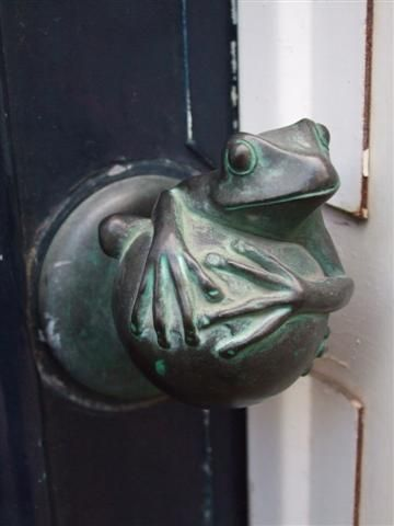 We love the thought of getting to say hello to this cute little guy every day! #exterior #door #handle