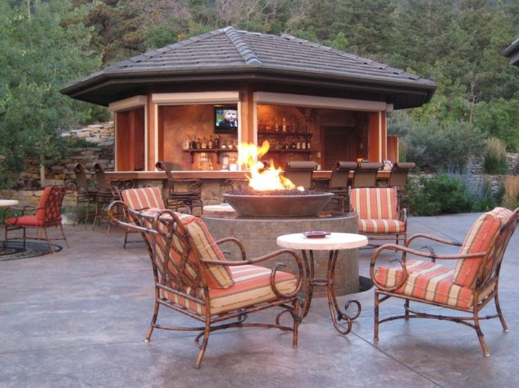 Outdoor Living Room Decoration: Cozy Outdoor Living Room with Outdoor Bistro Set 4 Piece also with outdoor fireplace design