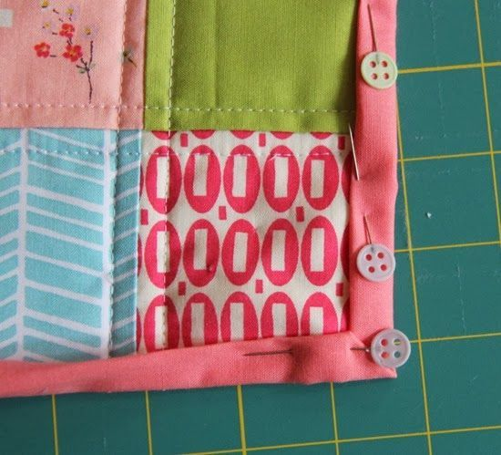 I made a doll quilt before Christmas and realized I'd never posted a tutorial on this quick and easy binding method. Since I know a lot of you are beginners…this is a really great way to dip your toe