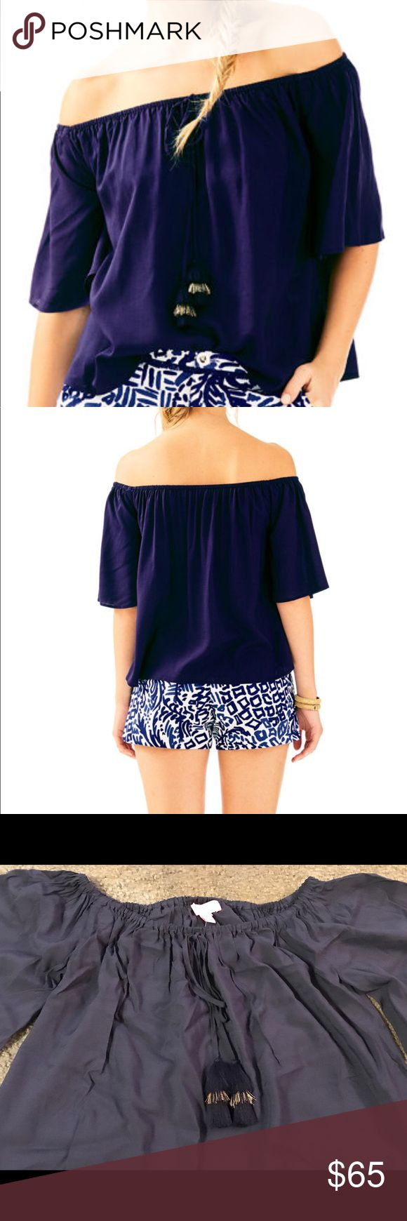 NWTO  LILY PULITZER  Sain Off Shoulder Top  SZ:XS Lily Pulitzer Navy Blue off Shoulder Sain Top in XS just bought a month ago just not my style on me . Top is still in stores at the full retail price . Lilly Pulitzer Tops Crop Tops