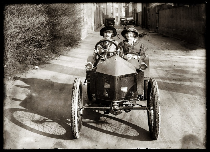 The original Thelma and Louise?  Michael Bledsoe's Digital Photography 2011 Blog: Old Photo Assignment: The Roads, Historical Photo, Cars Riding, Roads Trips, Digital Photography, Vintage Photo, Old Photography, 2011 Blog, Photography 2011