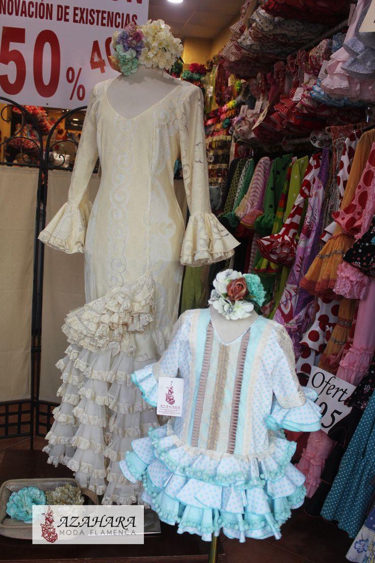 #TrajesDeFlamenca para mujer y niña en #beige.   Combinado con #Turquesa da vida a tu conjunto.   #ModaFlamenca en #Fuengirola