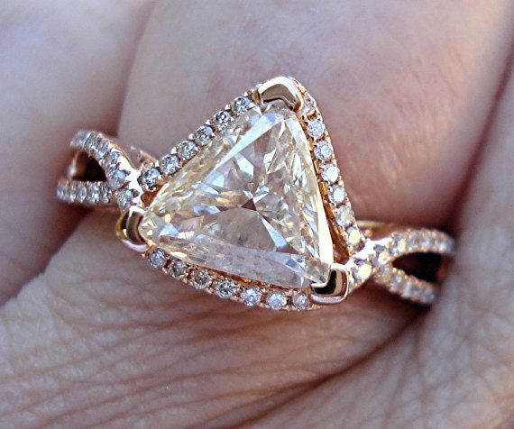 Hey, I found this really awesome Etsy listing at https://www.etsy.com/listing/228483648/trillion-cut-diamond-solitaire-ring-in