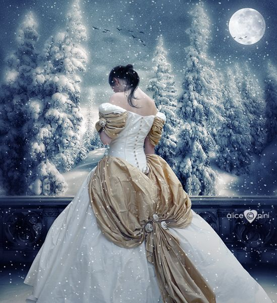 Winter: Moonsweet Moon, Beautiful Colors, Beautiful Moon, Fantasy Art, Magic Moon, The Dresses, Heavy Heart, Snow White, Fairies Tales