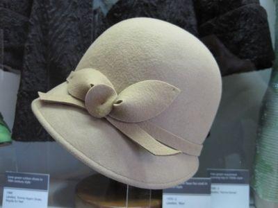 Good hat choice.