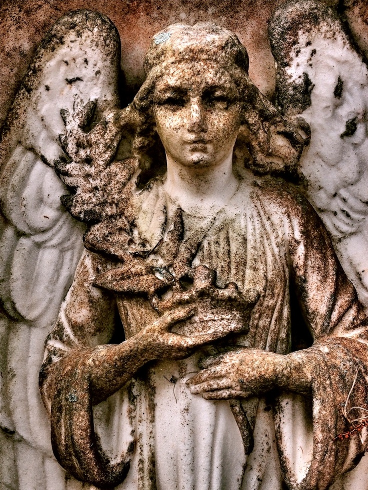 - Angels - Bonaventure Cemetery, photo by Dick Bjornseth