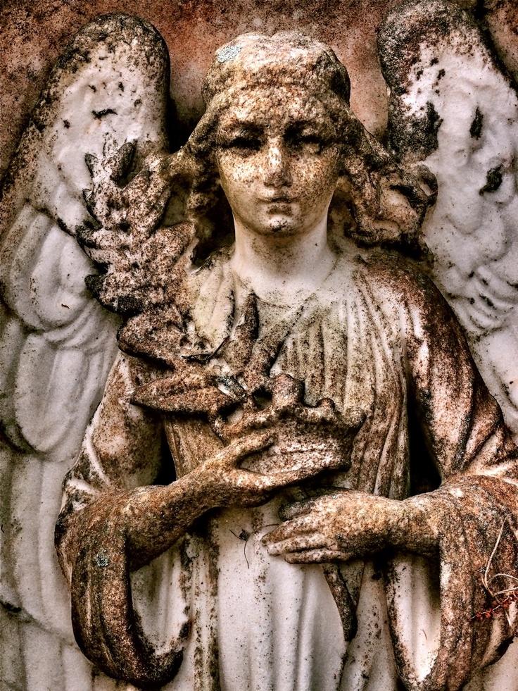 - Angels - Bonaventure Cemetery, photo by Dick Bjornseth