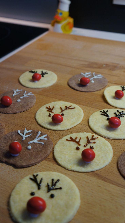 Leckere Rudolfplätzchen für die Adventszeit - Easy selbstgemacht und dekoriert. Das schaffen sogar die  Kleinen!