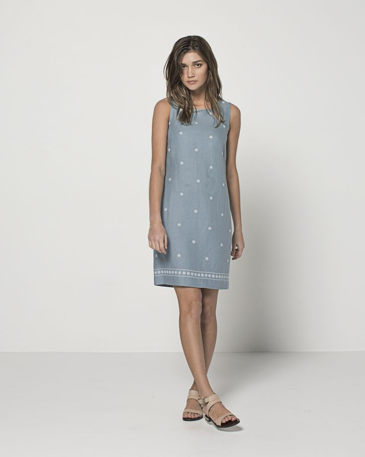 Embroidered Linen Daisy Shift (Blue Grey)