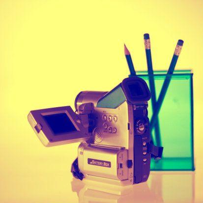 O(a) contratado(a) irá produzir e editar vídeos para TV, web e DVD, captura de imagens da SP Escola de Teatro e de eventos relacionados a ela; entre outras atividades. Interessados e interessadas devem enviar o currículo para até 28 de maio.