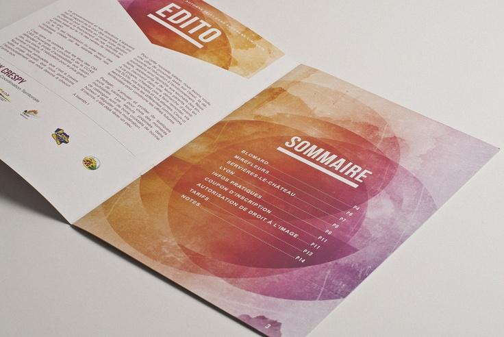 great textures in this brochure design