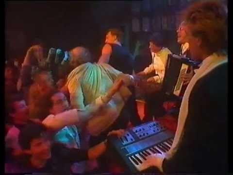 """Herman Brood & Henny Vrienten : """"Als je wint ( the clip 1984)"""