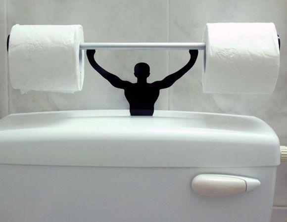 Strong Man Toilet Paper Holder on http://www.drlima.net/2012/11/toilettenpapierhalter-fur-echte-manner/