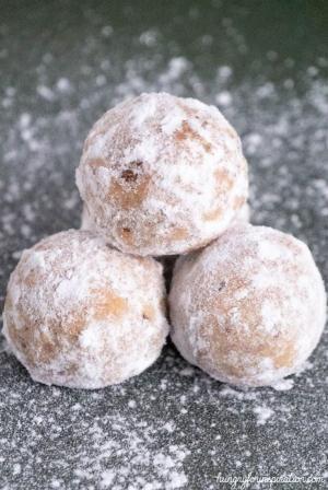 Keto Pecan Snowball Cookies Heavenly Keto Christmas Cookies By