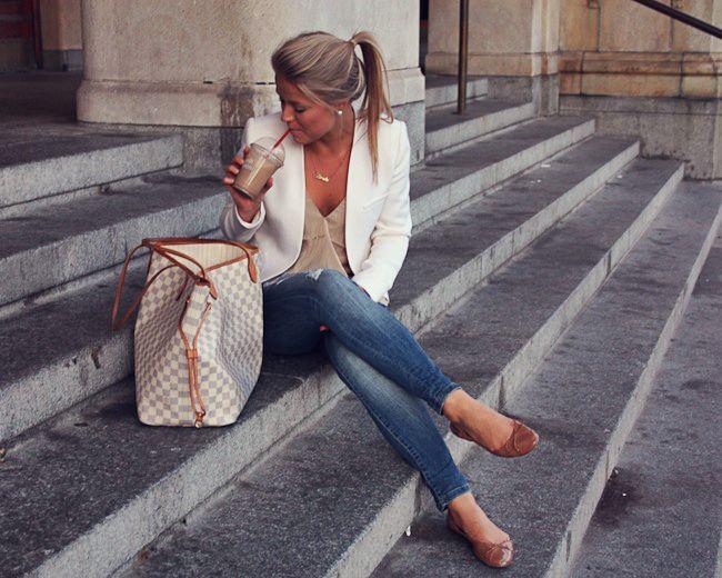 Jeans, nude cami, white blazer
