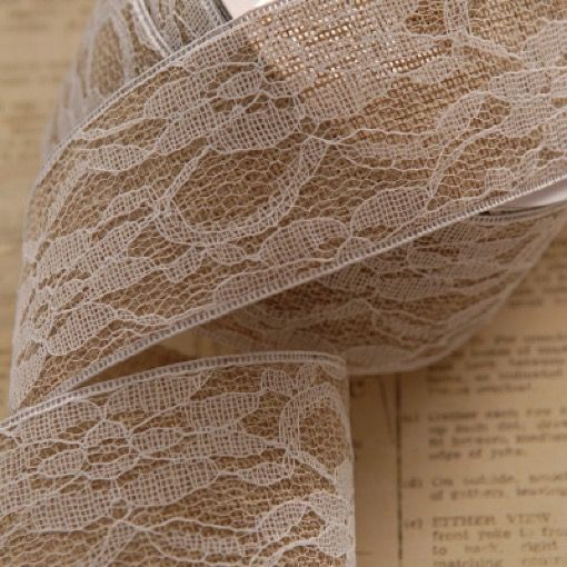 hessian-roll-covered-with-lace