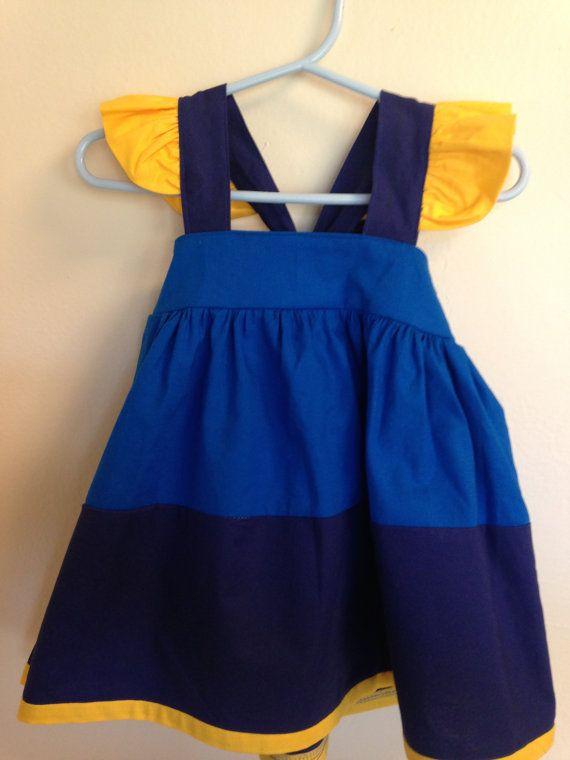 He encontrado este interesante anuncio de Etsy en https://www.etsy.com/es/listing/273427374/encontrar-nemo-dory-vestido