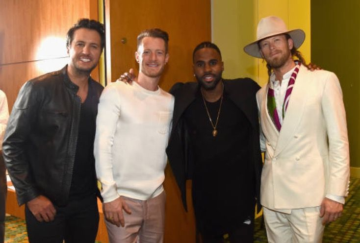 With the FGL boys